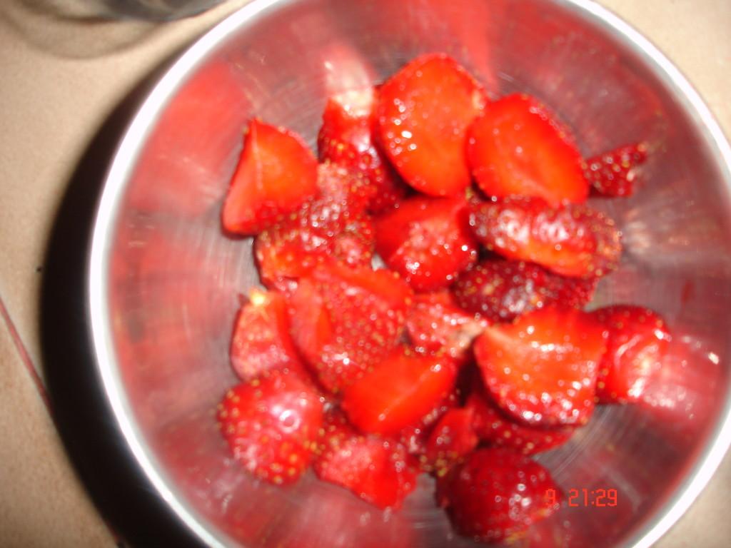 strawberries diced  Strawberry milkshake DSC02149 1024x768