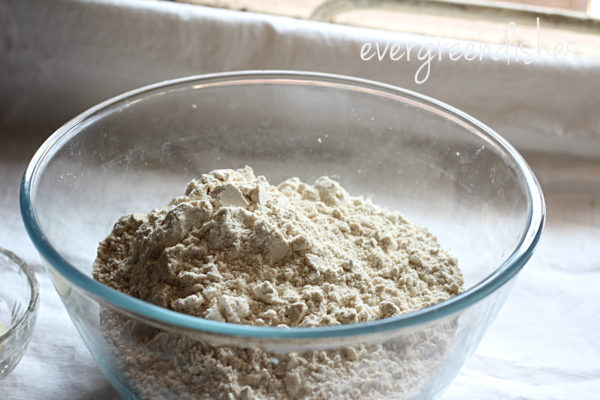 wheat flour in a bowl roti Restaurant style roti Roti1 600x400